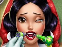 Флеш игра Белоснежка у зубного врача