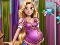 Флеш игра Беременные принцессы на показе мод