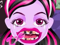 Флеш игра Дракулаура лечит зубы