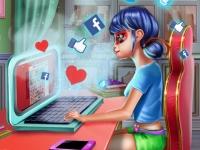 Флеш игра Леди Баг ведет блог о моде