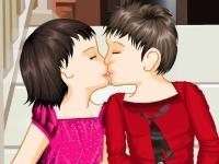 Флеш игра Первый детский поцелуй