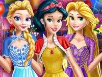 Флеш игра Принцессы собираются на день рождения